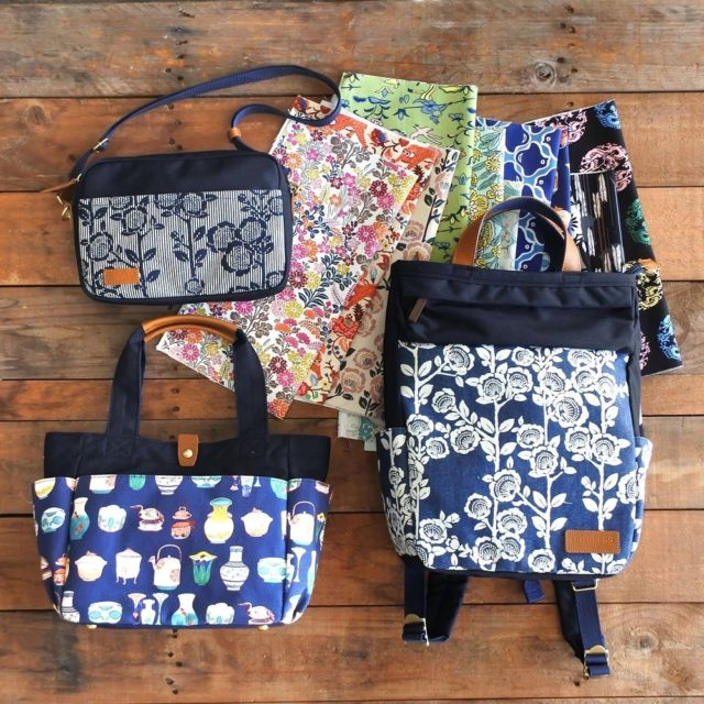 <1/19まで!カスタムオーダー受注会開催中!!> お気に入りの柄や色で、自分だけのオリジナルバッグが作れます♪  京都・西陣の蔵から発見された様々な文様たちを、現代にも通じるファッションアイテムに蘇らせてきたブランド「seisuke88」。 ただいまseisuke88では、お気に入りの柄や色で、自分だけのオリジナルバッグをお作りいただけるカスタムオーダー受注会を開催しています。 特別なこの機会に、おうちでゆっくり、とっておきのカスタムオーダーをお楽しみくださいませ◎  #seisuke88 #seisuke88kyoto #madeinjapan #kyoto #京都 #カスタムオーダー #セミオーダー #customorderbag #バックパック #リュックサック #トートバッグ #ショルダーバッグ #japanesepattern #岡山デニム #ヒッコリー #雉 #ねじ梅 #椿 #矢羽根文 #龍 #四君子文 #狸 #器物文 #千鳥襷文 #秋草 #百華 #狩猟文 #孔雀